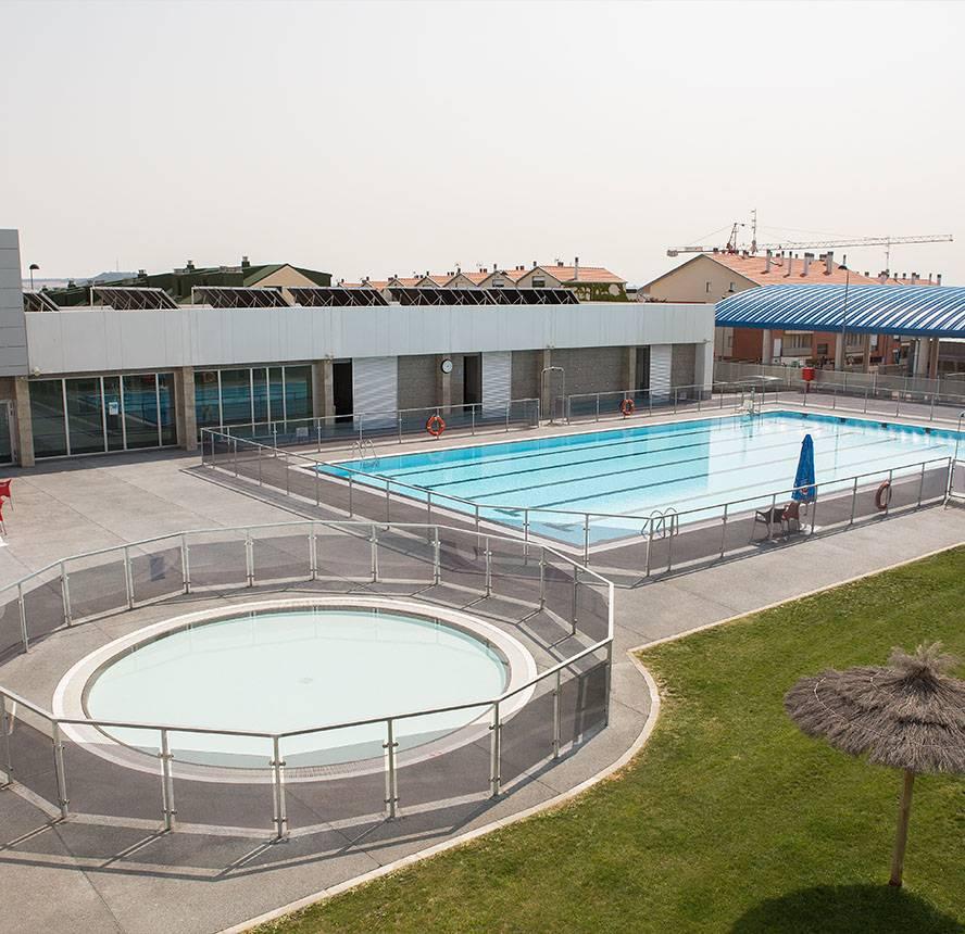 piscinas exteriores cdo almendrera arroyo